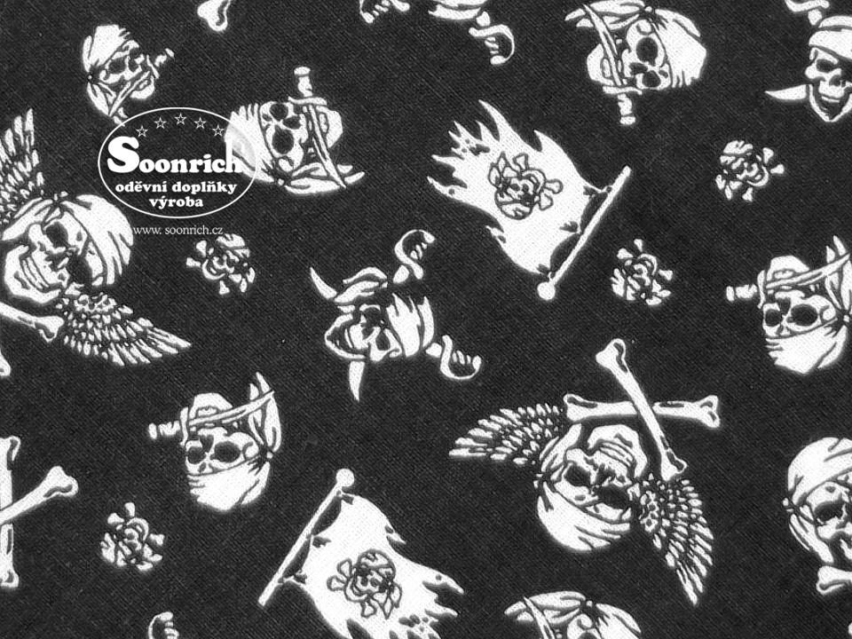 Soonrich, látka na patchwork pirátské lebky, ptw232